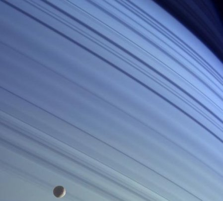 Saturn_blue_skies1-s.jpg